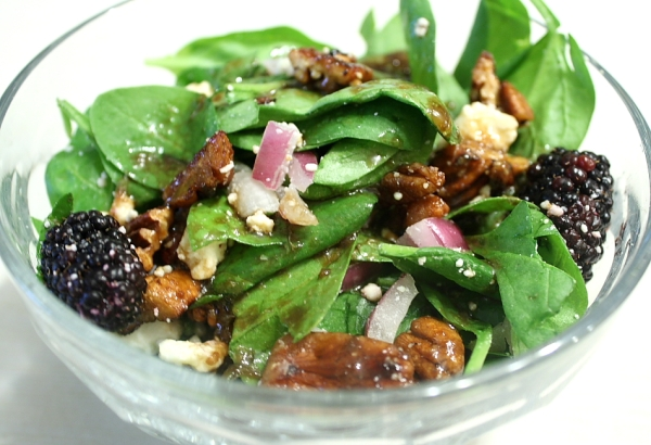 Candied Pecan Blackberry Salad