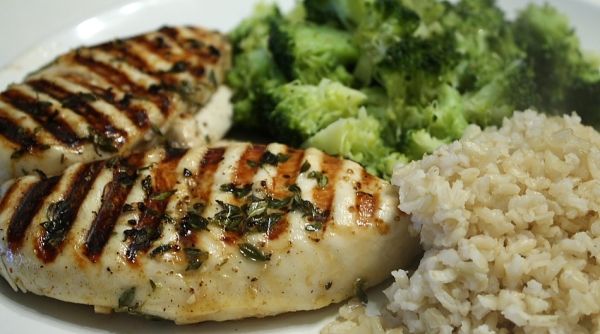 Grilled Chicken with Lemon and Thyme